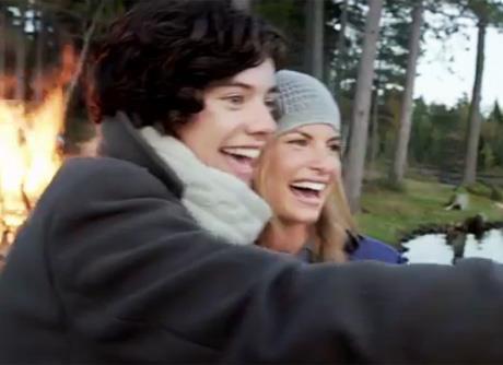 Harry dans Gotta Be You (clip) <3