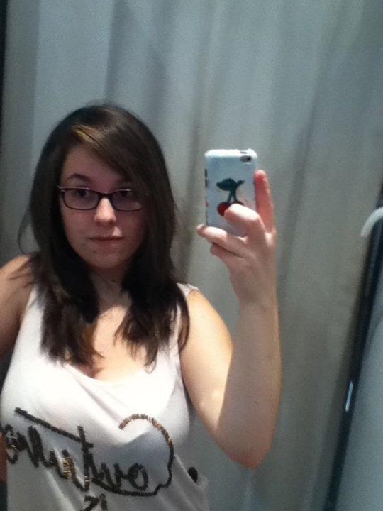 la nouvelle coupe de cheveux :) et nouveau tee-shirt par la même occasion