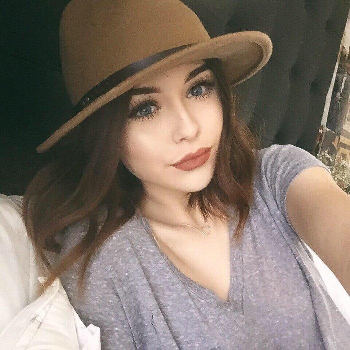 Je porte le chapeau de namoureux ehhe