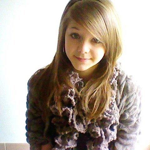 Je ne suis pas parfaite et Je suis loin d'être belle ;