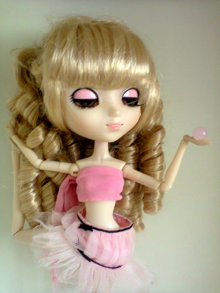 Anna-Lisa (modèle: pullip Sfoglia)