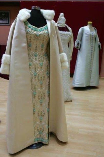 Princess Muna al-Hussein dresses exposition