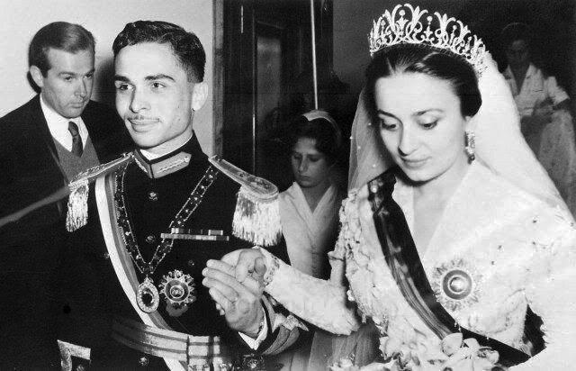 Sharifa Dina bint 'Abdu'l-Hamid, wedding with king Hussein