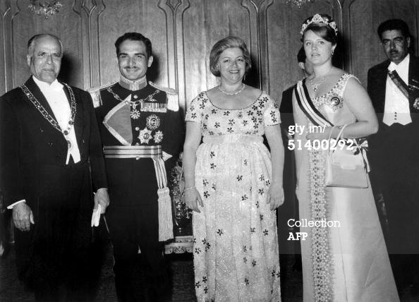 Princess Muna with king Hussein, Bourgiba and his wife