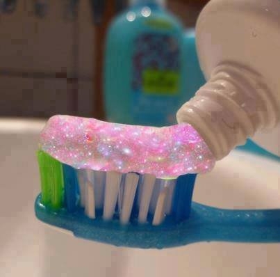 kiffe si tu veux ce dentifrice :)