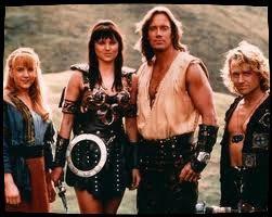 Il y a Gabrielle puis Xéna puis Hercule et enfin Iolas