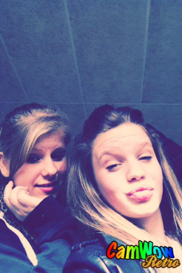 je t'aimmee<3.