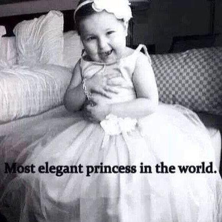 La princesse la plus élégante du monde !♚ .... Love You ♥