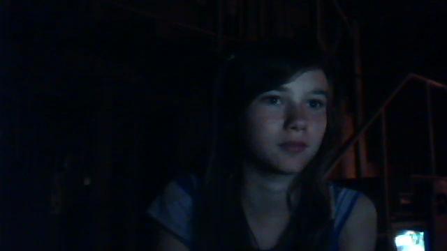 Quand Alexia prend es photos sur Skype, ça donne ça ... xD