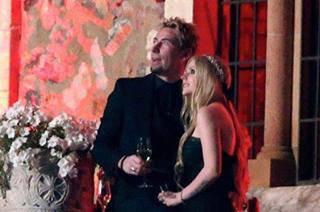 Avril get married in black dress  <3 <3 <3 <3 <3 <3 <3 <3 BLACK.DRESS  BLACK DRESS  <3 <3 <3 <3