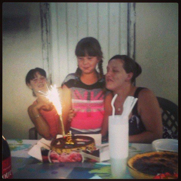 Ma s½ur tina ma niece tiffany pour leurs anniversaire et bienvenue a la princesse Maelinah