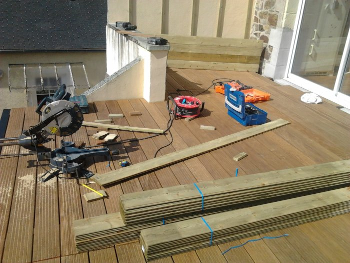 terasse structure metalique plancher de bois