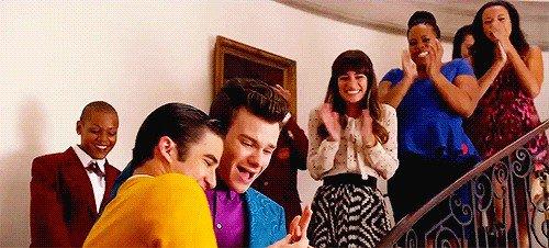 Fiançailles de Blaine et Kurt dans le premier épisode de la saison 5 <3