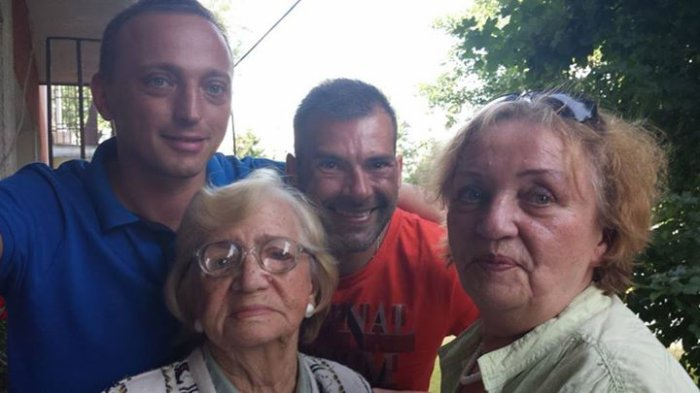 Grandma konrad mama et moi..une journee tres heureuse j aurai se souvenir eternelement...