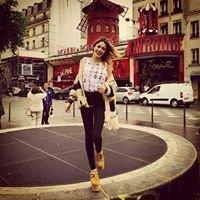 Martina Stoessel a Paris ! (16/06/2013)