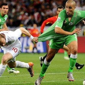 Madjid Bougherra - Wayne Rooney