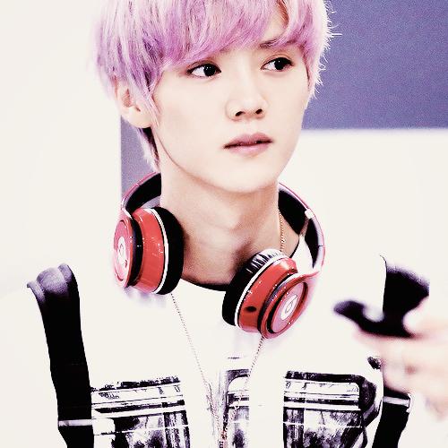 Mon HanHan c'est le plus beau, même avec les cheveux rose