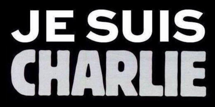 En Solidarité avec Charlie Hebdo