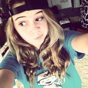 @QueenSummers: cte vieille photo mes cheveux sont naturels