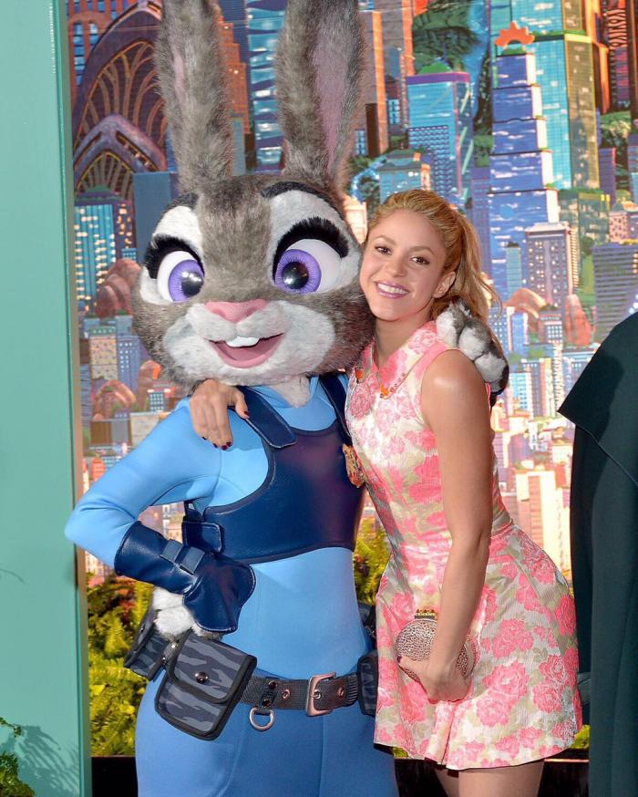 """17/02 Shakira et """"Judy Hopps"""" à L.A, 1ère de Zootopia."""