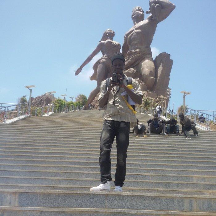 MOI Au Monument de la Renaissance