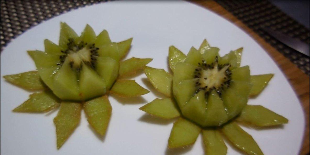 kiwi en fleur de lotus (vidéo) - toc-cuisine.fr