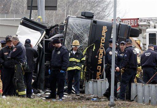 Fatal bus crash a 'criminal' matter; 14 killed coming home to NYC from Mohegan Sun (video)