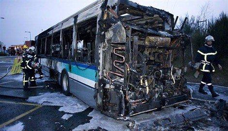Un deuxième bus Keolis prend feu en service - ouest-france.fr