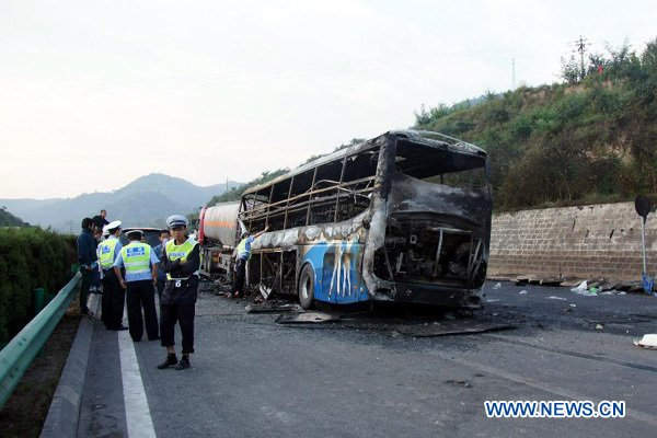 Death toll in NW China road accident rises to 36 - Xinhua | English.news.cn