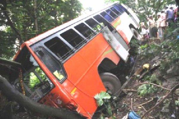 27-10-2012 - Jordanie - 5 Belges décédés dans l' accident d' un au...