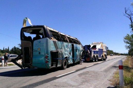 Accident de bus à Fitou : un passager admet avoir fait dévier le car
