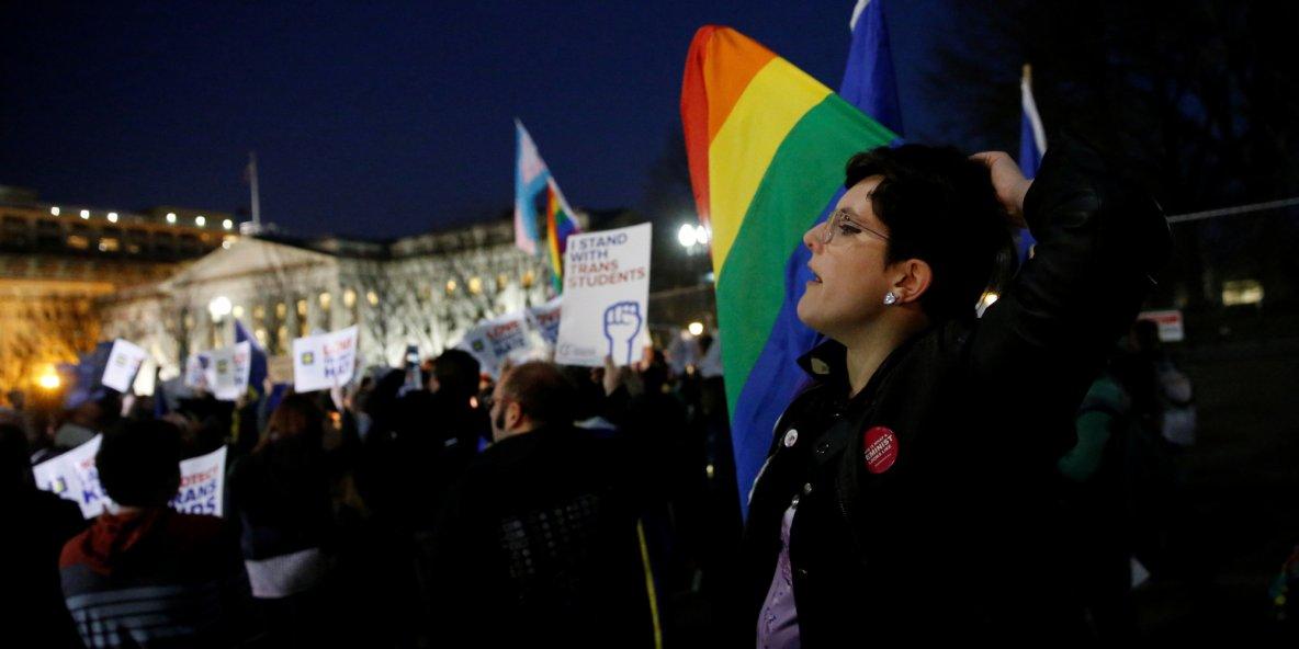 Annulation des protections pour les étudiants transgenres aux États-Unis | The Huffington Post