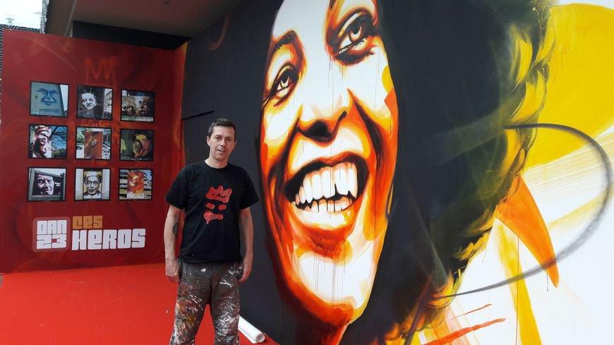 PHOTOS - Un street artist réalise une fresque de 150m2 dans un centre commercial strasbourgeois