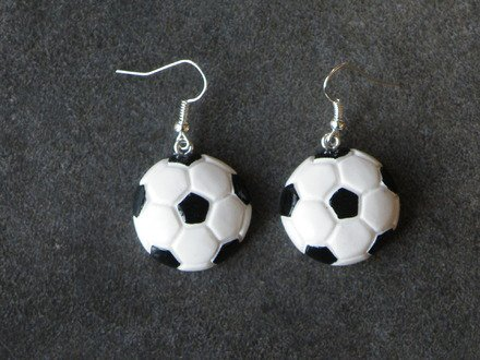 Boucle d'oreille ballon de foot en fimo Argent 925 : Boucles d'oreille par jl-bijoux-creation