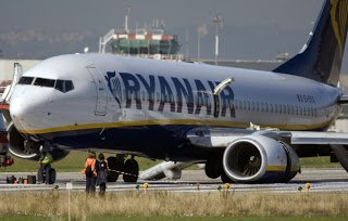 Aircrew Buzz: Ryanair Flight FR4102 Emergency at Rome-Ciampino: Multiple Bird Strikes