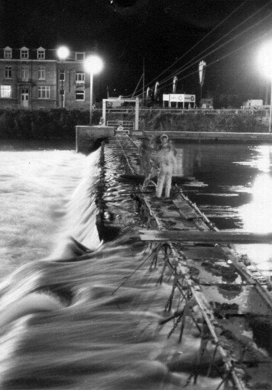 Namur (La Plante) - Ancien barrage à aiguilles à Namur entre rives ...