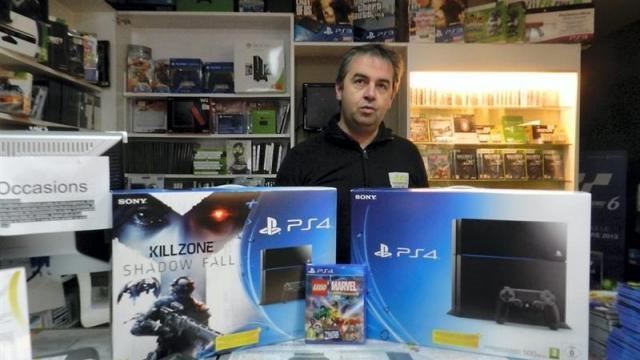 La nouvelle console de Sony, la PS4, sort officiellement demain en France, vendredi 29 novembre.