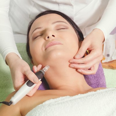 Best Dermapen Treatment in Dubai - Laser Skin Care Clinic