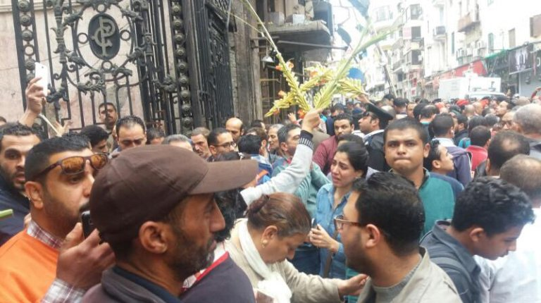 In Pictures: Explosion at Saint Mark's Church in Alexandriain Egypt - Daily News Egypt