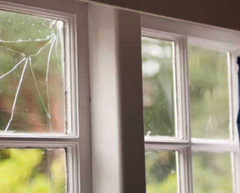 Free house window glass replacement cost estimator for for Window replacement estimate