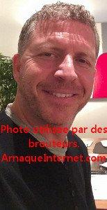 Marc Gervais, célèbre conférencier aux photos usurpées