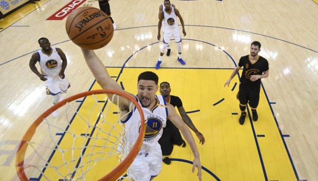 Kalahkan Cavaliers 4-1, Golden State Warriors Juara NBA 2017 | Berita Olahraga Terkini