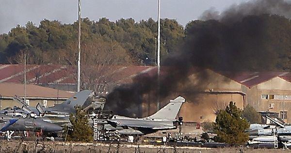 Onze morts dont neuf Français lors du crash d'un avion de chasse en Espagne