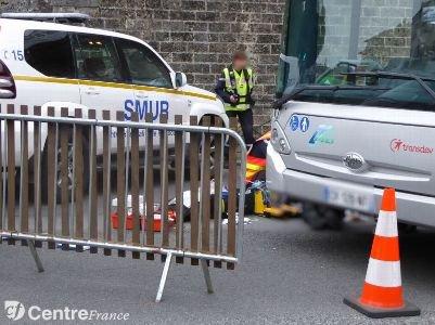 [Mis à jour] Accident de bus à Rambouillet : une jeune fille décède, une autre grièvement blessée