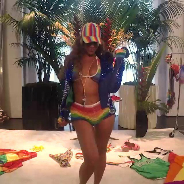 VIDEO : Beyonce célèbre le mariage pour tous aux USA.