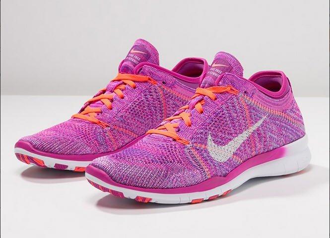 chaussure de fitness femme nike