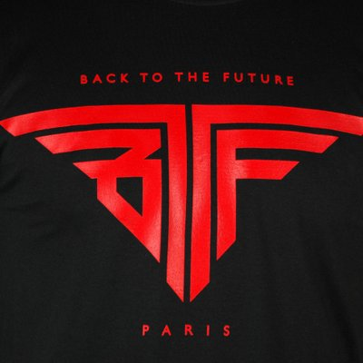 ~Back to the Future~ (WitleyD) sur Twitter