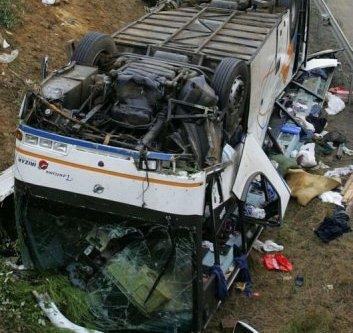 Accident du bus marocain à Poitiers : Un an de prison ferme pour le patron et son fils