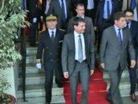 Sans-papiers : les critères Valls dévoilés