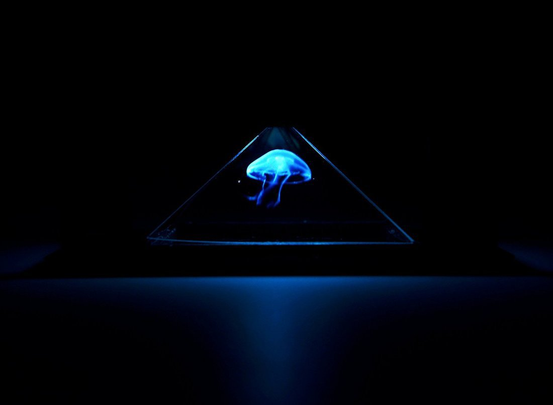 Top 5 Best 3D Hologram Projector Pyramid For iPhone and others